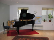 ブルックリン校 - グランドピアノが仲間入りし、クラスがスタートしました!
